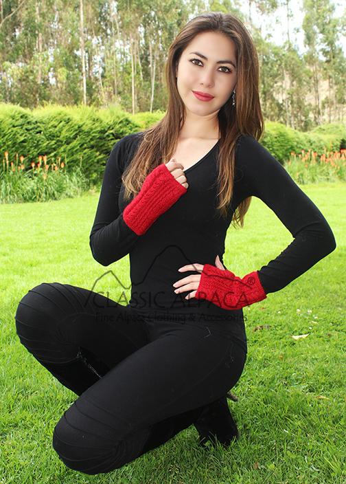 Alpaca Cable Fingerless Gloves