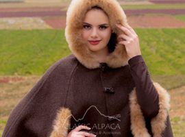 Ladies Reversible Alpaca Cape with Fur | Classic Alpaca Peru