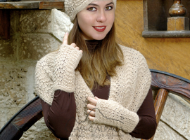 Scallop Lace Alpaca Fingerless Gloves