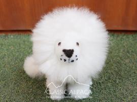 "BABY Alpaca Fur - Cushing Lion Ornament 8"""