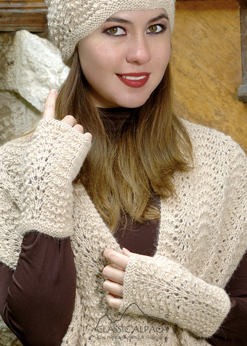 Scallop Lace Alpaca Fingerless Gloves | Classic Alpaca Peru