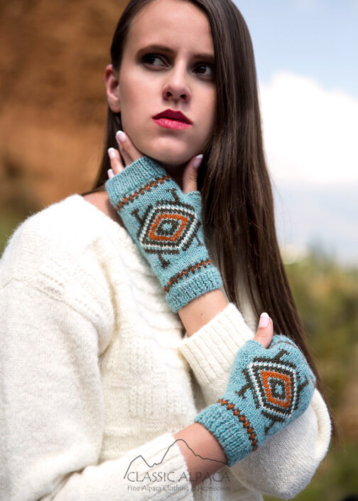 Aymara Baby Alpaca Fingerless Gloves