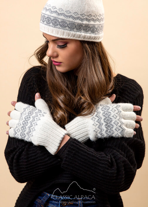 Arctic Alpaca Reversible Half Finger Gloves
